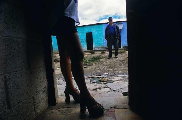 prostitutas en la linea de la concepcion niñas prostitutas
